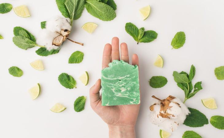 Naturalne mydła w kostkach